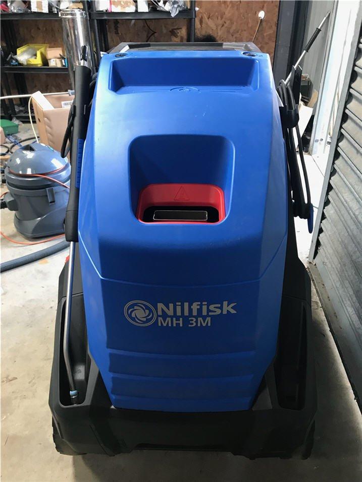 Nilfisk Mobile Hot Water Pressure Washer